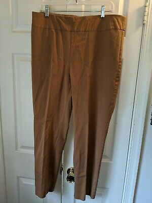 Chicos Size 2.5 short Fabulously Slimming Light brown Stretch pants straight lg