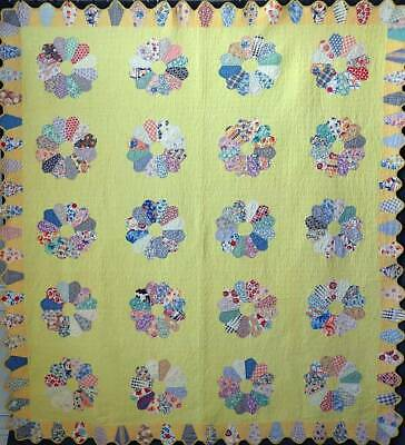 Vintage Cottage Yellow Dresden Plate QUILT 90x84 Lovely Feedsacks