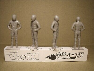 4  FIGURINES 1//43  SET 442  DRIVERS  PILOTES  OUTGOING   VROOM  SPARK  BIZARRE