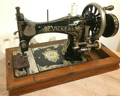 Vickers Modele de Luxe Handcrank sewing machine.