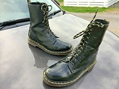 Vintage Dr Martens 1490 black leather boots UK 8 EU 42 Made in England