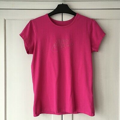 Nike Fuchsia 13-15 Years Girl T-shirt.  Hardly Worn
