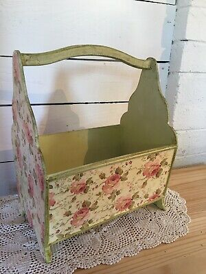 Very Pretty Shabby Chic Wooden Magazine/newspaper Rack With Handle