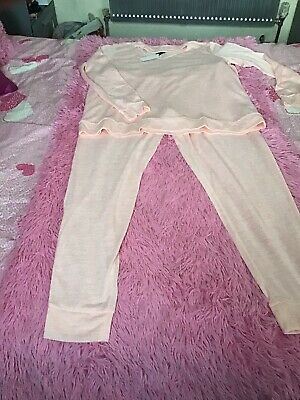 Ladies 2 Piece Lounge Wear Suit In Peach Size 18-20 By Avon Nwt