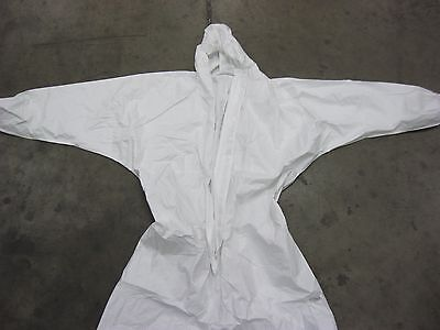 1 White Environmental Personal Protection / Paint Suit With Hood Size Large