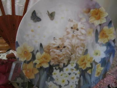 """W S George """"Dancing Daffodils"""" Petal Pals by Lily Chang Cat Collector Plate"""