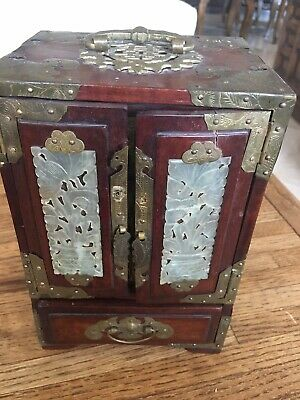 Antique Chinese Oriental With Carved White Jade Jewelry Box