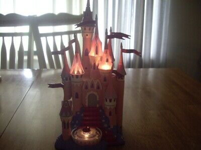 EUC Disney 2003 Jakks Pacific Polly Pocket Size Sleeping Beauty Castle Lights