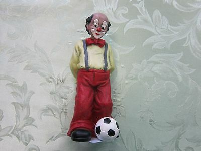 Gilde Clownsfigur mit Fußball Fußballer Clown Figur Comedy Collection 12256