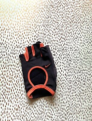 Nike Women's Fit Essential Training Gloves Black, Size S, NWOT, Only One