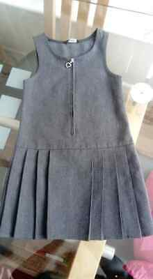 3 - 4 Years Girls School Uniform Grey Pinafore Dress Zip Front Pleated