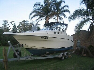 27' Seacraft Sports Cruiser Boat With Ezyloader Trailer