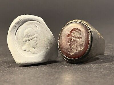 Ancient Roman Bronze Ring With Carnelian Intaglio Seal Depicting Bust - C.100Ad