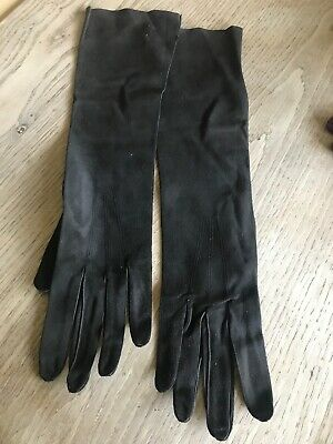 Lovely Ladies Downed French  Vintage Dark Brown Leather Gloves - Small