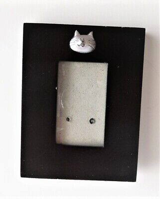 Cat picture frame - black with silver cat face
