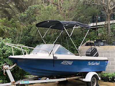 Boat and trailer Blue Monark Starcraft Used
