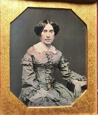 Sixth Plate Daguerreotype of an Attractive Young Lady 1840s'