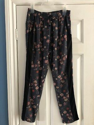 Bnwot Next Age 10 Grey Flower Trousers