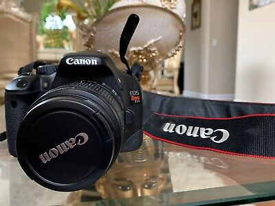 Canon EOS Rebel T2i / EOS 550D 18.0MP Digital Camera - Black With Bag