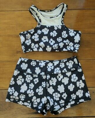 Lurv Crop And Booty Short Size M