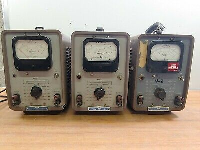 Lot of (3) HP Model 4000 Vacuum Tube Voltmeter - Measure Voltage in RMS and dB