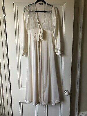 Vintage 60s Nightdress And Peignoir