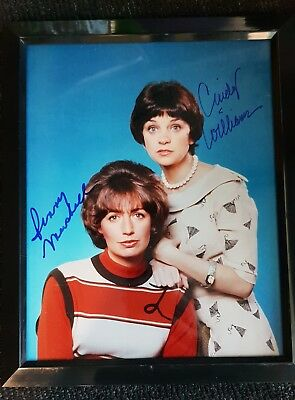 Laverne and Shirley Signed Photo framed Cindy Williams Penny Marshall