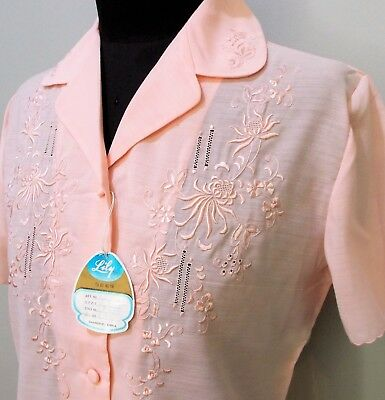 Vintage Size S 1980s Lily Pink Embroidered Polyester/Viscose Blouse- 46cm Bust
