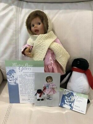 Masterpiece Gallery Wichtel Girl dressed for Winter - limited edition