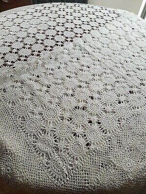 EXQUISITE VINTAGE  TABLECLOTH,  LACE Crochet V.G Preloved CONDITION