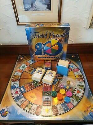 ⭐ TRIVIAL PURSUIT 20th Anniversary FAMILY Trivia Quiz BOARD GAME ~ COMPLETE ⭐