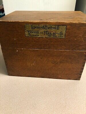 Rare Antique Vintage Yawman And Erbe Mfg. Wooden Oak Dovetailed Recipe Box