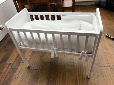 Mothercare Crib With Bedding + Sleepyhead