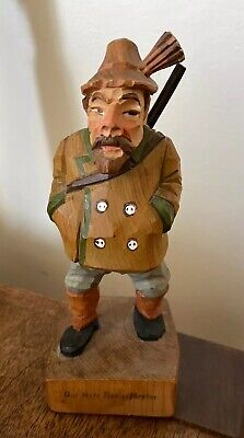 VTG GERMAN HAND CARVED WOOD FIGURINE Forester Man der herr revierförster