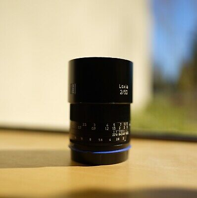 ZEISS Planar T Loxia 50mm f/2 Lens For Sony
