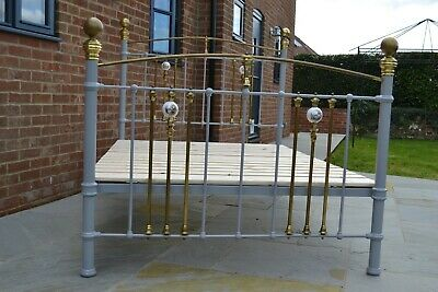Old Antique Victorian Brass and Iron 4ft 6in Double Bedstead with Bed Base