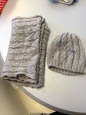 Grey Knitted Hat & Snood Set