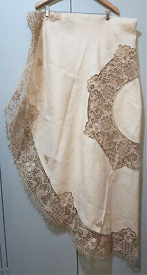 *Vintage 174cm Wide Round Hand Embroidered Cream & Ecru Cotton & Lace Tablecloth