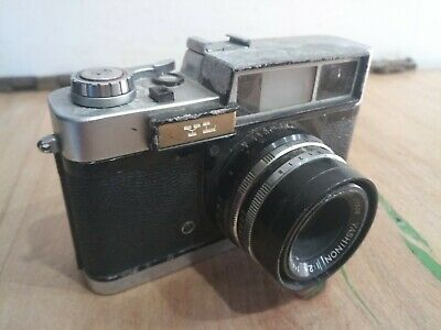 Yashica YL 35mm Rangefinder Camera