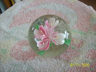 Pink & White Tall Floral Design With Green Foliage Vtg Round Heavy Paperweight