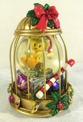 Looney Tunes Tweety Bird Christmas Waterglobe San Francisco Musical Decor EUC
