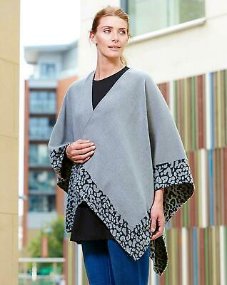 J D Woven Cape Blanket Scarf Grey New MM663301