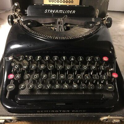 Vintage Remington Rand Streamliner Typewriter In Original Case W/ Booklet