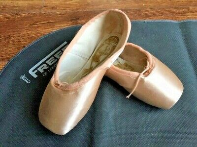 6XXX Pink Satin Freed Classic pointe shoes Size 6X  6XX all makers