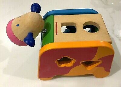 Djeco sorter wooden toddler cow shaped posting box (Cachatou Maggy)