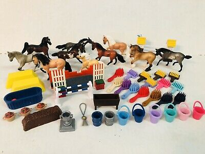 Breyer Reeves Lot of 10 Horses Brushes Pails Equestrian Accessories 1999