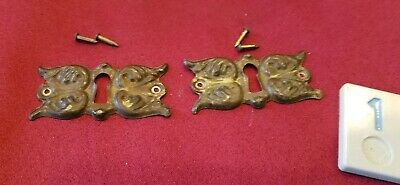 2 Vtg Pressed Stamped Brass Key Hole Escutcheon Covers Hardware - BB1 - 1119