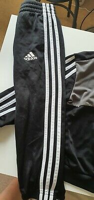 Boys Adidas Grey, White, Black Tracksuit Age 5-6 with matching tshirt!