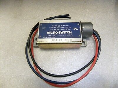 Microswitch BZLN-LH Enclosed Limit Switch