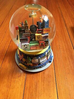 New York City Broadway New Years 2000 Musical Snow Globe Twin Towers